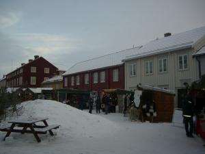 Julemarked på Røros skaper virkelig gammeldags julestemning