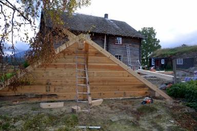 Gavlen på nybygget er laftet etter god, gammel byggeskikk