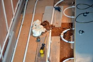 Heldigvis klarte rørleggeren å reparere hullet...