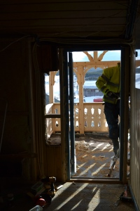 -og ny dør erstatter vinduet. Ikke så lett å se den her, fordi den er åpen.