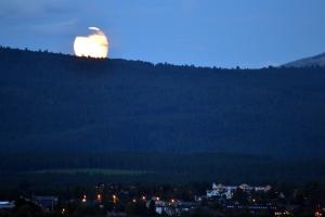 Rullende måne