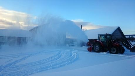 Av og til måtte snøfreseren frem, men snømengdene var ikke store sist vinter