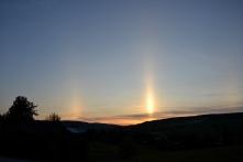 Spesielle lysfenomener på himmelen er vanligst å observere vinterstid, men her om dagen så vi dette, like etter solnedgang