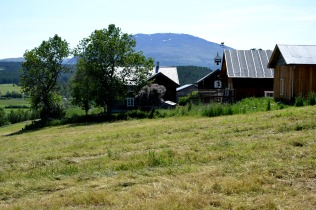 Storeggen med Tronfjell som skyline